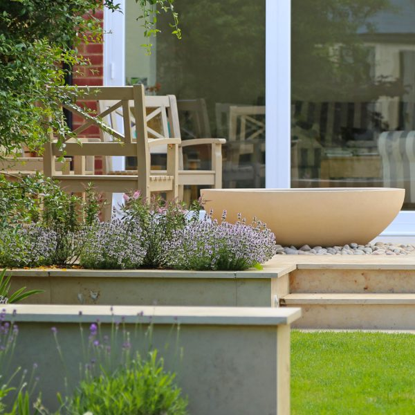 Contemporary Town Garden - seating