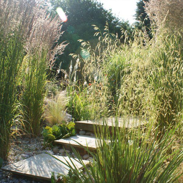 Pool Garden in Studham - steps