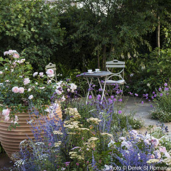 outdoor tea drinking area design